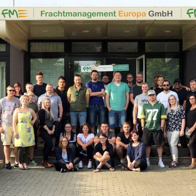 Geschäftsführung lädt FME Team zu Kölner Lichter ein